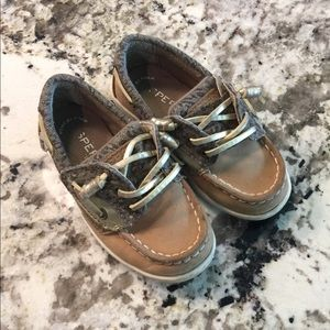 Girls Sperry shoe Leather,Leopard, and gold Size 8